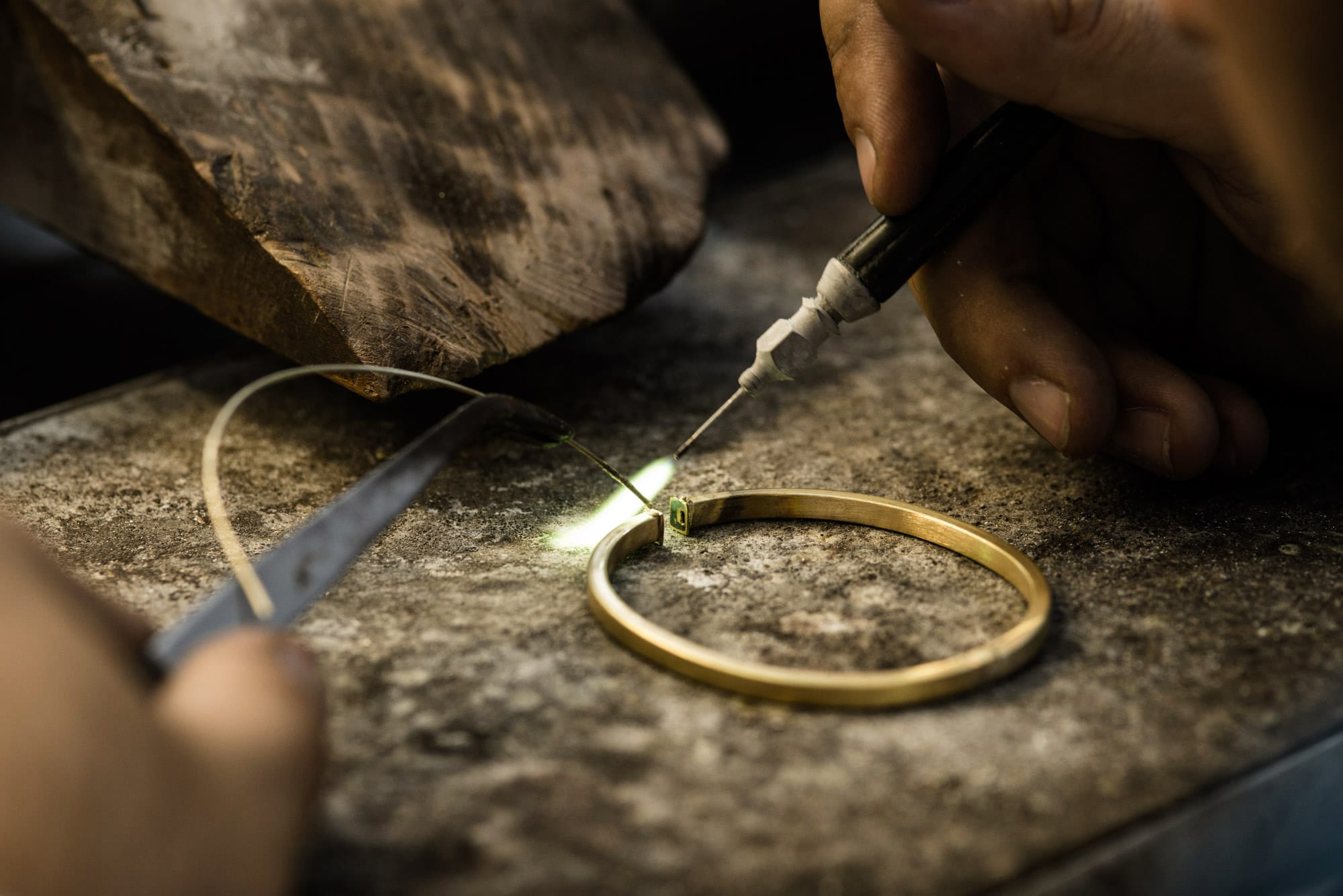 Bassi Italian Jewels Factory Gold 01